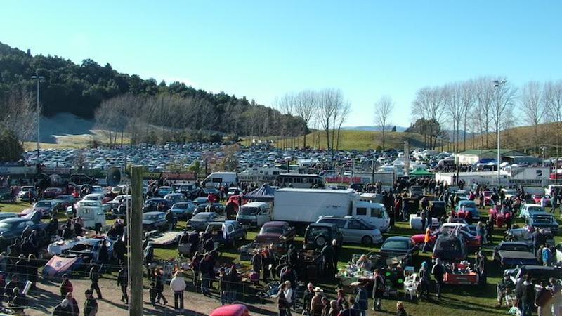 Rotorua Vintage Car Club Swap Meet