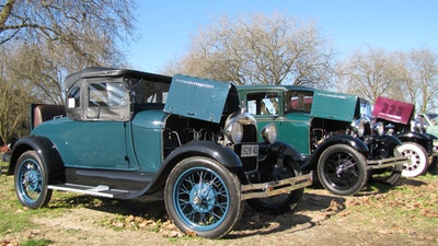 Wellsford/Warkworth Vintage Car Club Swapmeet